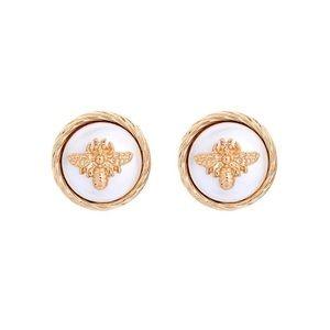 Beautiful pearl gold rope bee earrings